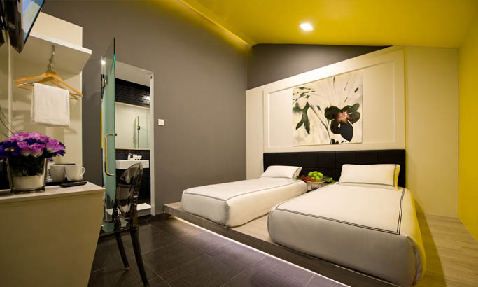 Rooms honeymoon romantic hotel singapore venue a for Design hotel singapore